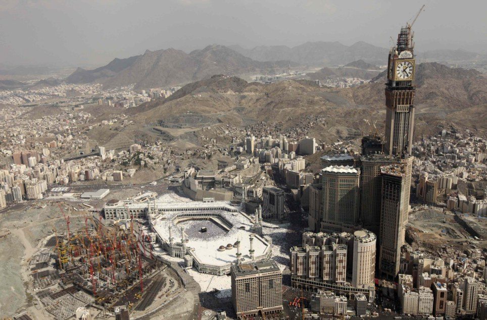 A general view of the Grand Mosque on the second day of Eid al-Adha festival in Mecca - HD wallpaper desktop backgrounds
