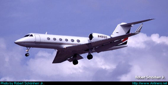 Gulfstream Aerospace G-IV Gulfstream IV-SP,Untitled (NetJets)