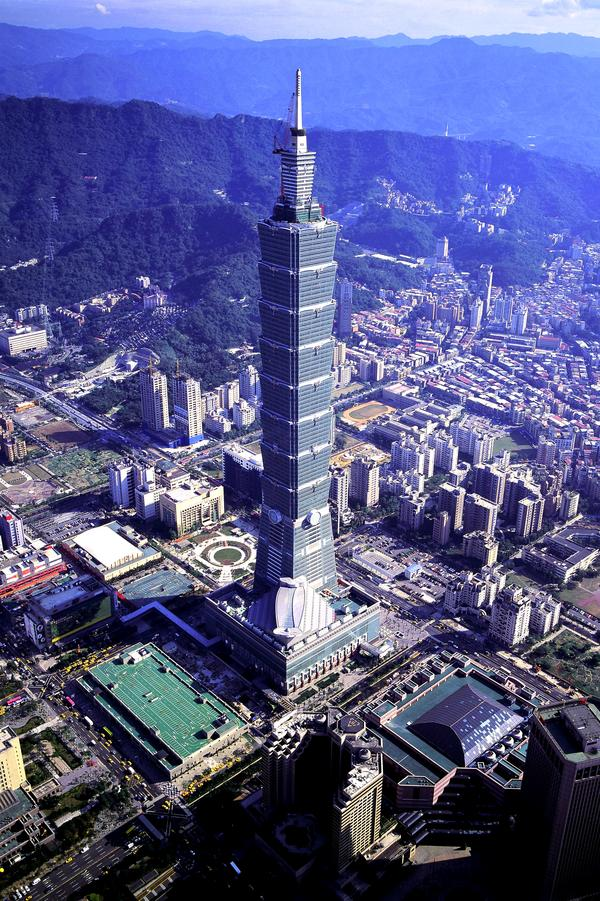 Taipei 101 Taipei,Taiwan,509 m,1,670 ft,101 Floors,2004 777