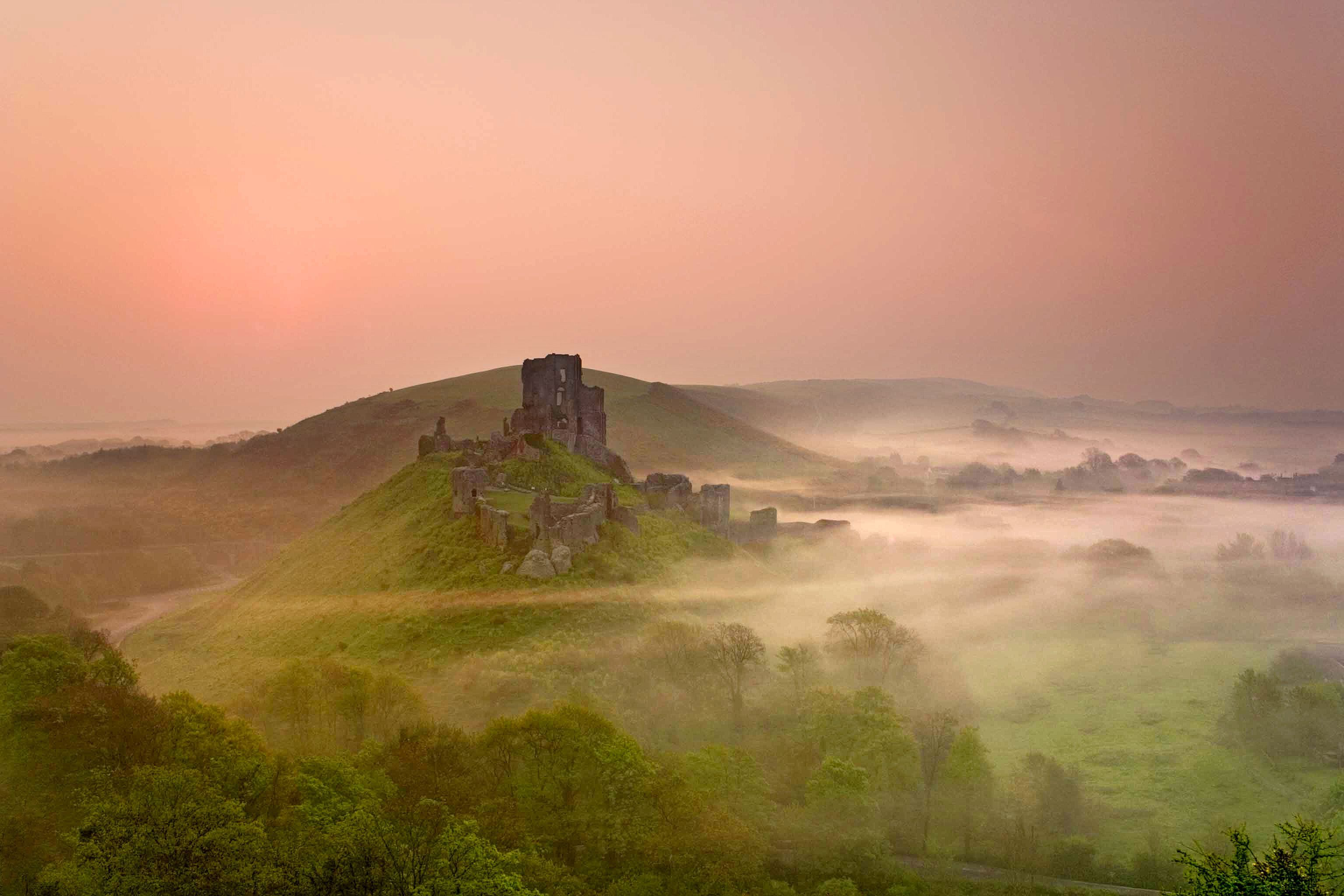 England castle fog sunset evening - HD wallpaper desktop backgrounds