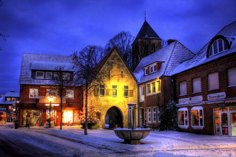 Germany, Winter, home, lights, snow, Street-havixbeck, wallpapers , Pc backgrounds, free photos