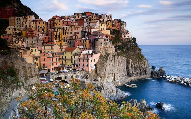 Italy, town, Sea, wallpapers , Pc backgrounds, free photos