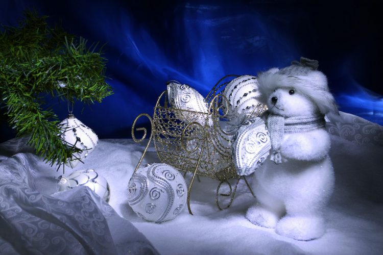 New Year, Toys, snow, Balls, Tree, wallpapers , Pc backgrounds, free photos