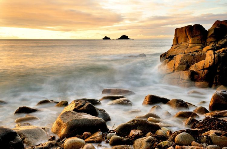 ocean, surf, wave, water, sky, stones, rock, horizon, wallpapers , Pc backgrounds, free photos