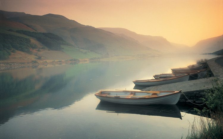 river, Boats, fog, Mountains, wallpapers , Pc backgrounds, free photos